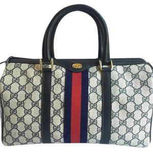 4aef481a87e Women s Vintage Gucci Doctor Bag on Poshmark